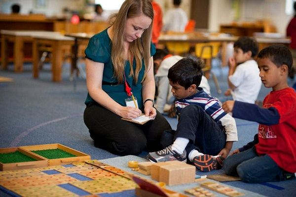 Montessori Method with Children of Varying Abilities